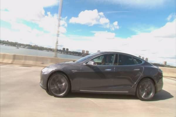 Mobileye drops Tesla over autopilot fears