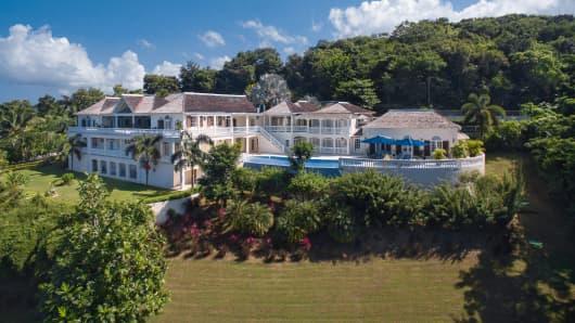 Lovely The Lu0027Dor Vu0027Dor Property In Montego Bay, Jamaica