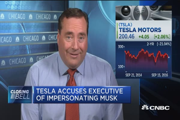 Tesla accuses executive of impersonating Musk