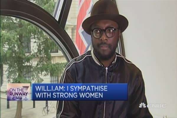 Hats off to Hillary Clinton: Will.I.Am