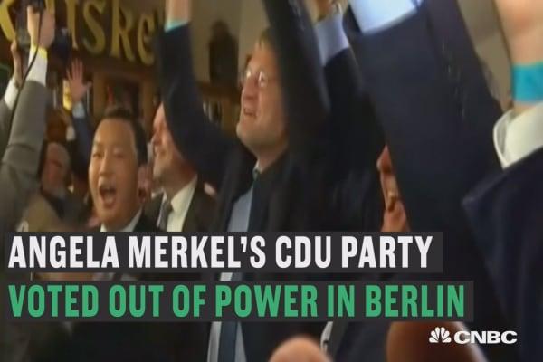 Merkel suffers losses in Berlin election