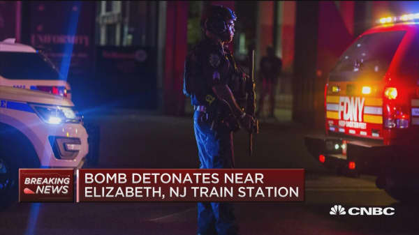 NYPD search for 28-year old bombing suspect