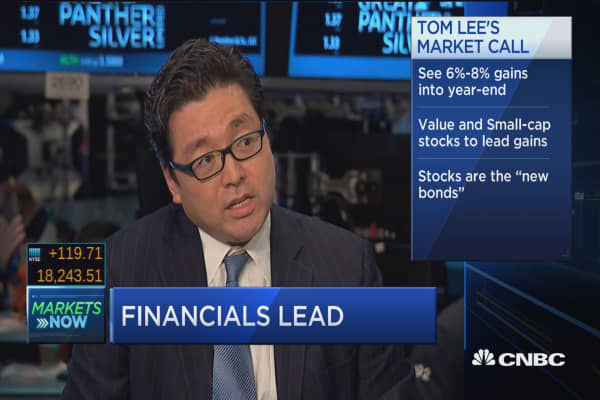 Stocks that outperform S&P 500: Tom Lee