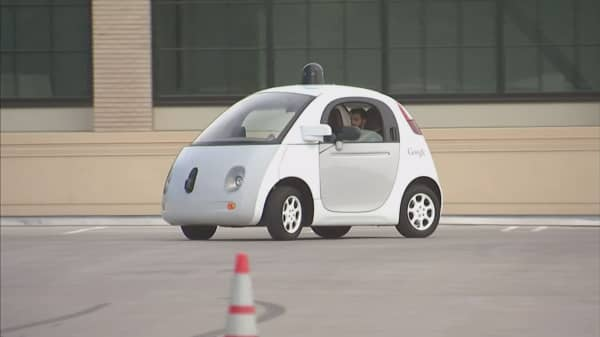 US issues new guidelines for self-driving cars