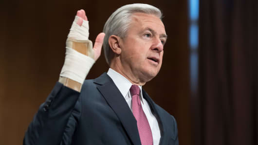 Wells Fargo CEO John Stumpf, is sworn in before testifying at a Senate Banking, Housing, and Urban Affairs hearing in Dirksen Building, September 20, 2016.