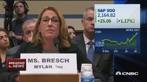 Mylan CEO gets grilled on EpiPen profits