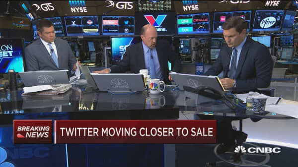 Cramer on potential Twitter suitors