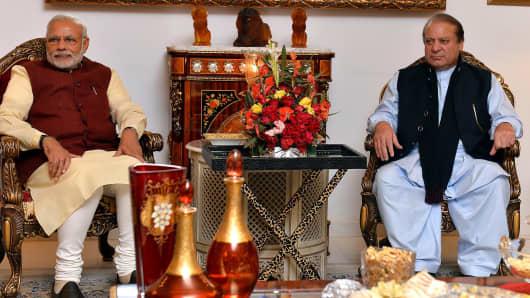 Prime Minister of Pakistan Nawaz Sharif (R) meets with Indian Prime Minister Narendra Modi (L) in Lahore, Pakistan on December 25, 2015.