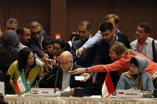 Iranian Oil Minister Bijan Zanganeh attends the 15th International Energy Forum in Algiers on September 27, 2016, on the eve of an informal OPEC meeting the next day.