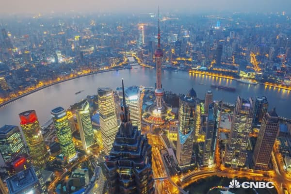 China turns to liquefied natural gas