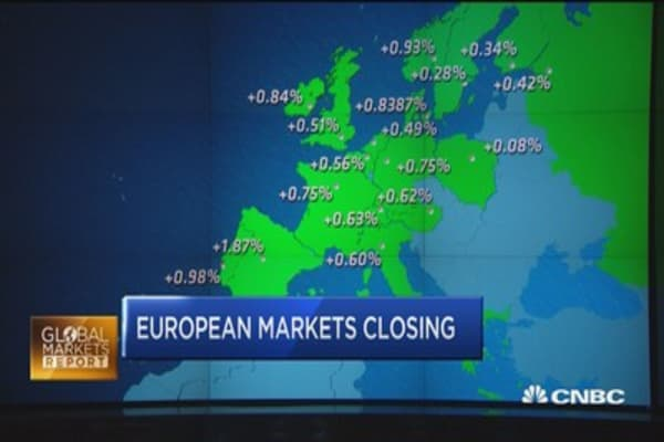 European stocks rise on Deutsche rebound