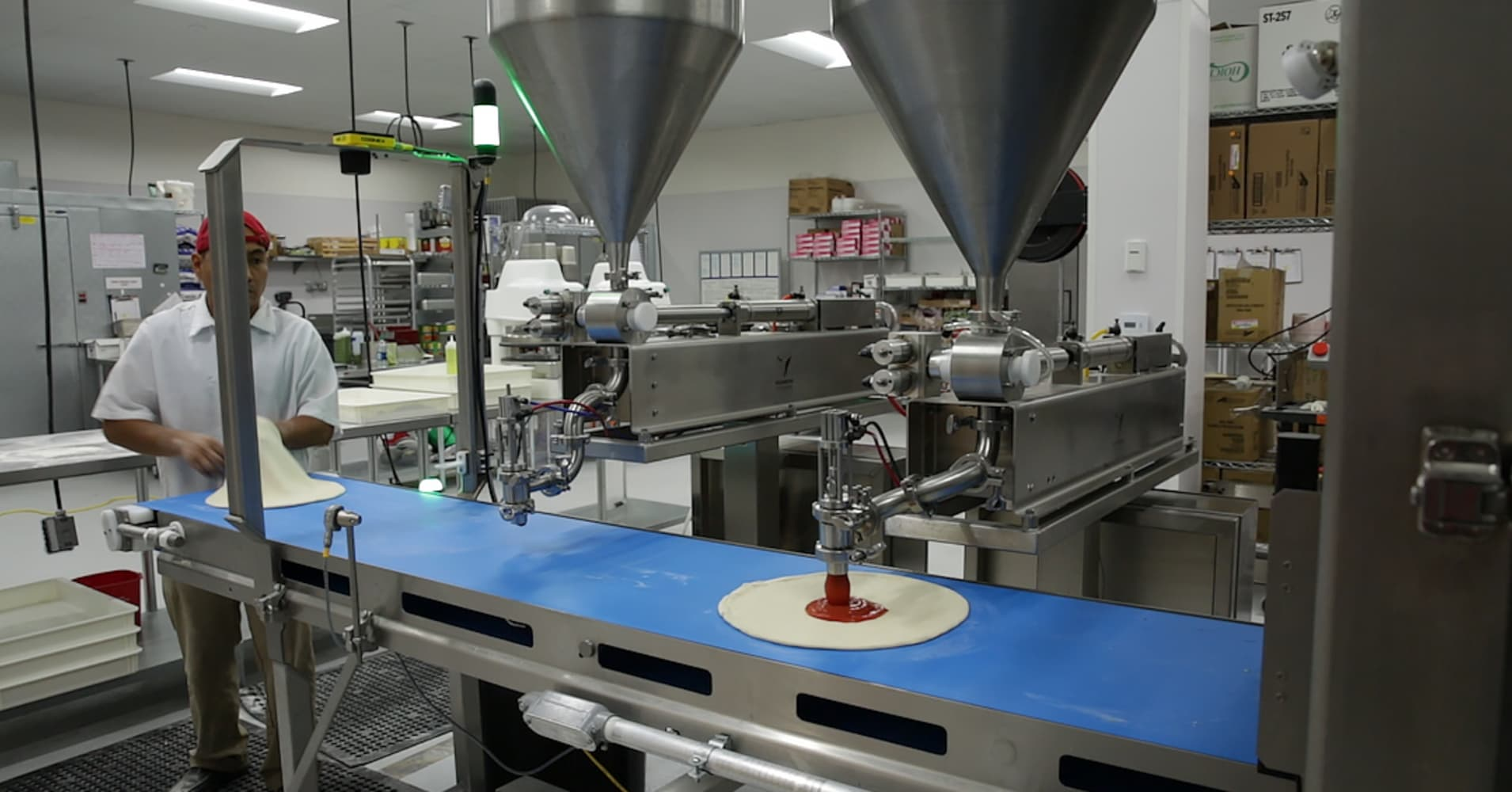 Robot pizza maker reportedly takes $375 million investment from SoftBank