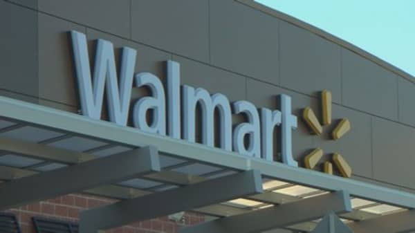 Wal-Mart may invest in Indian online retailer Flipkart