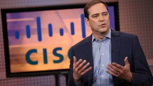 Cisco slides after revenue beat