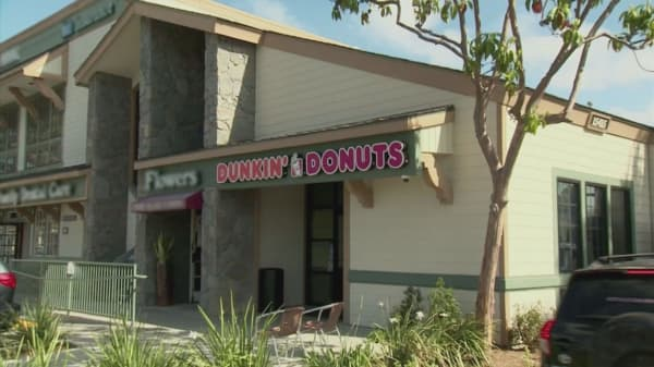 Dunkin' Donuts takes on Starbucks with new offering