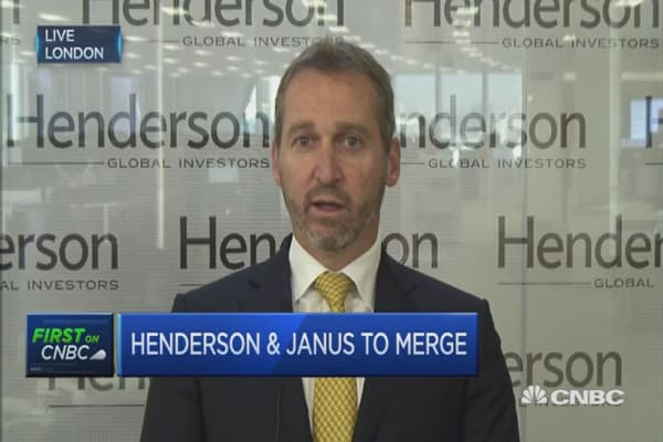 Henderson-Janus merge is a