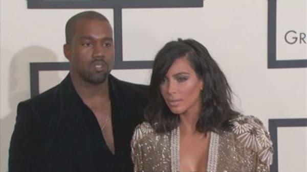 Kanye West cuts concert short after Kim Kardashian was robbed