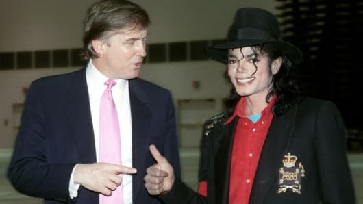 Michael Jackson tours the Trump Taj Mahal Hotel & Casino on April 1, 1990.