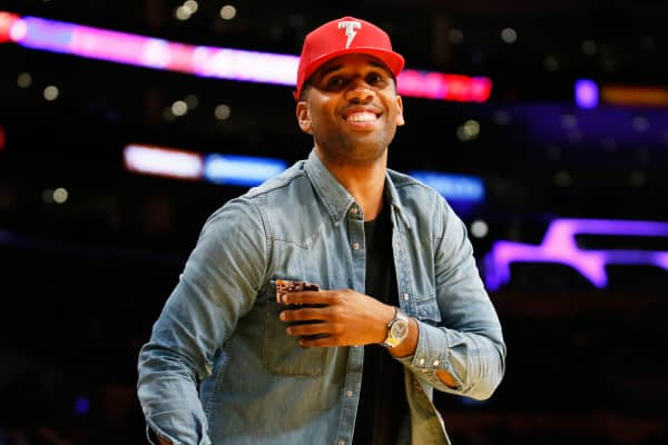 Cleveland Cavaliers' LeBron James' business manager Maverick Carter attends the NBA basketball game between the Los Angeles Lakers and Cleveland Cavaliers Thursday, March 10, 2016, in Los Angeles.
