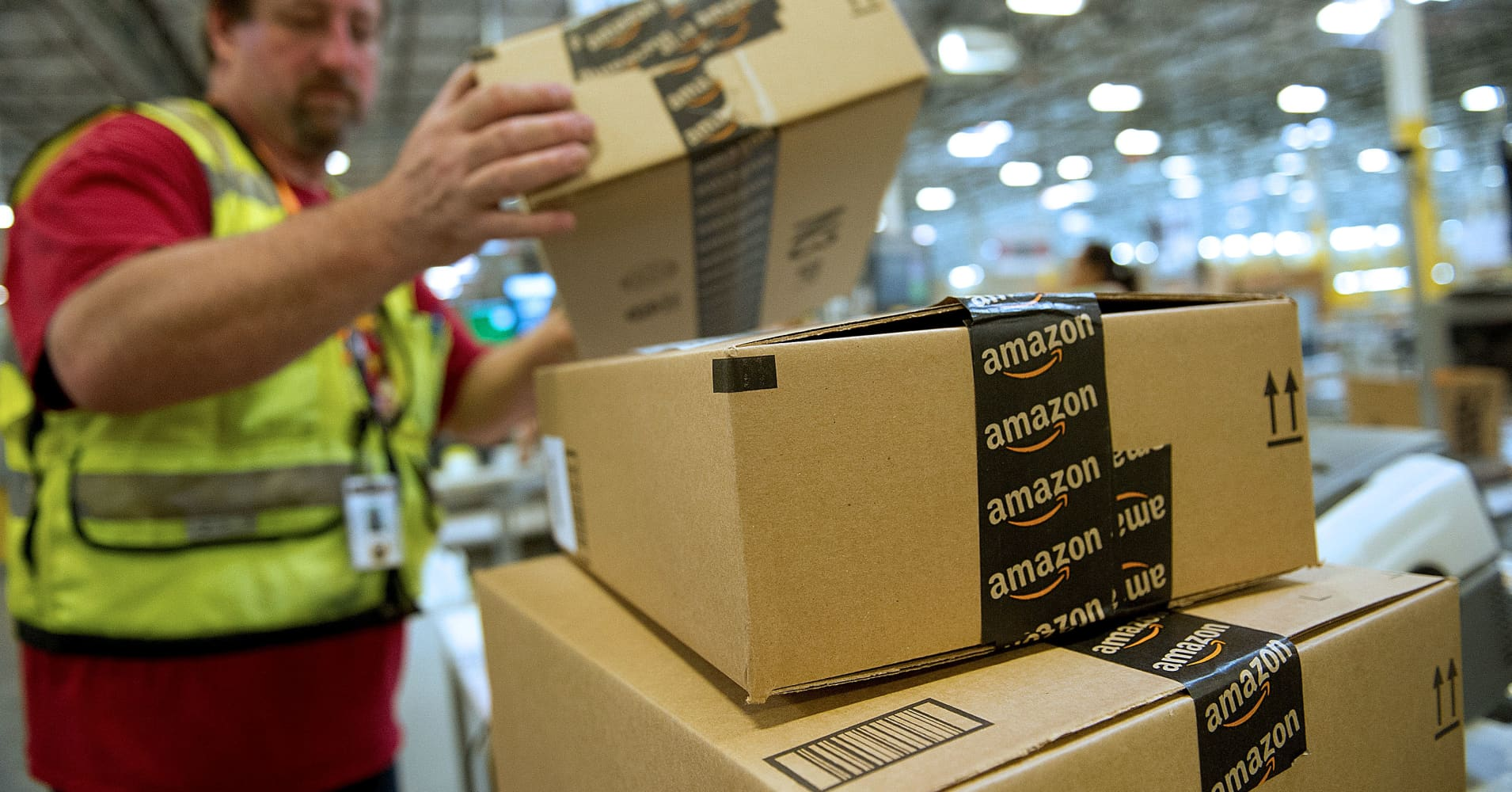 Amazon\'s victims: These stocks have lost $70 billion so far this year