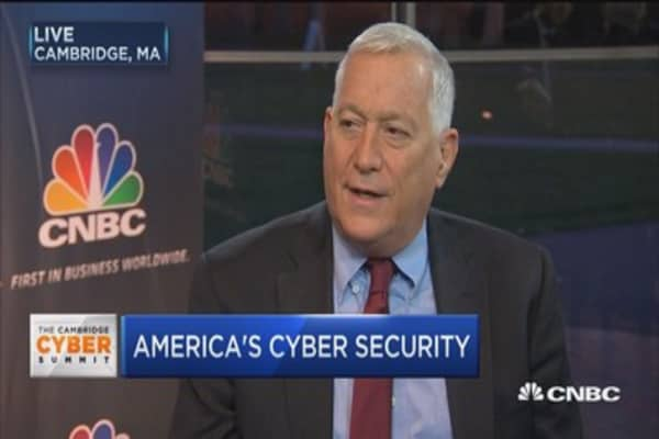 Fighting America's cyber enemies: Isaacson