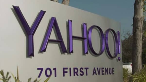 Yahoo fires back at claims it secretly scanned emails
