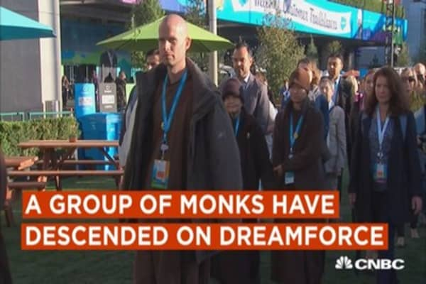 Monks teach mindfulness to techies at Dreamforce