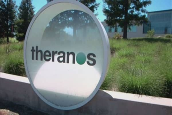 Theranos to close wellness centers and clinical labs