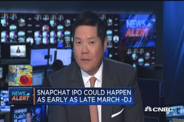 Snapchat IPO could value firm at $25B or more -DJ