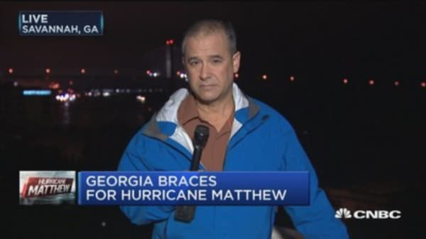 Hurricane Matthew grinds up East Coast