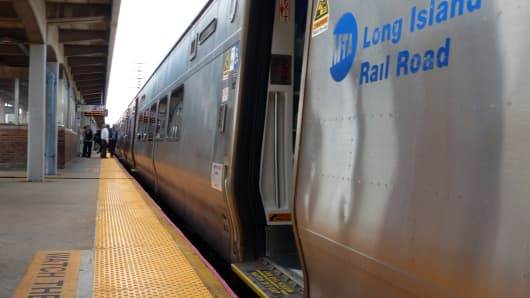 A New York Penn Station-bound Long Island Rail Road train arrives at the Freeport, LIRR station in 2014.