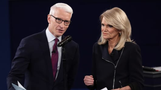 Moderators Anderson Cooper and Martha Raddatz speak before the start of the second U.S. presidential debate between Republican U.S. presidential nominee Donald Trump and Democratic U.S. presidential nominee Hillary Clinton at Washington University in St. Louis, Missouri, U.S., October 9, 2016.