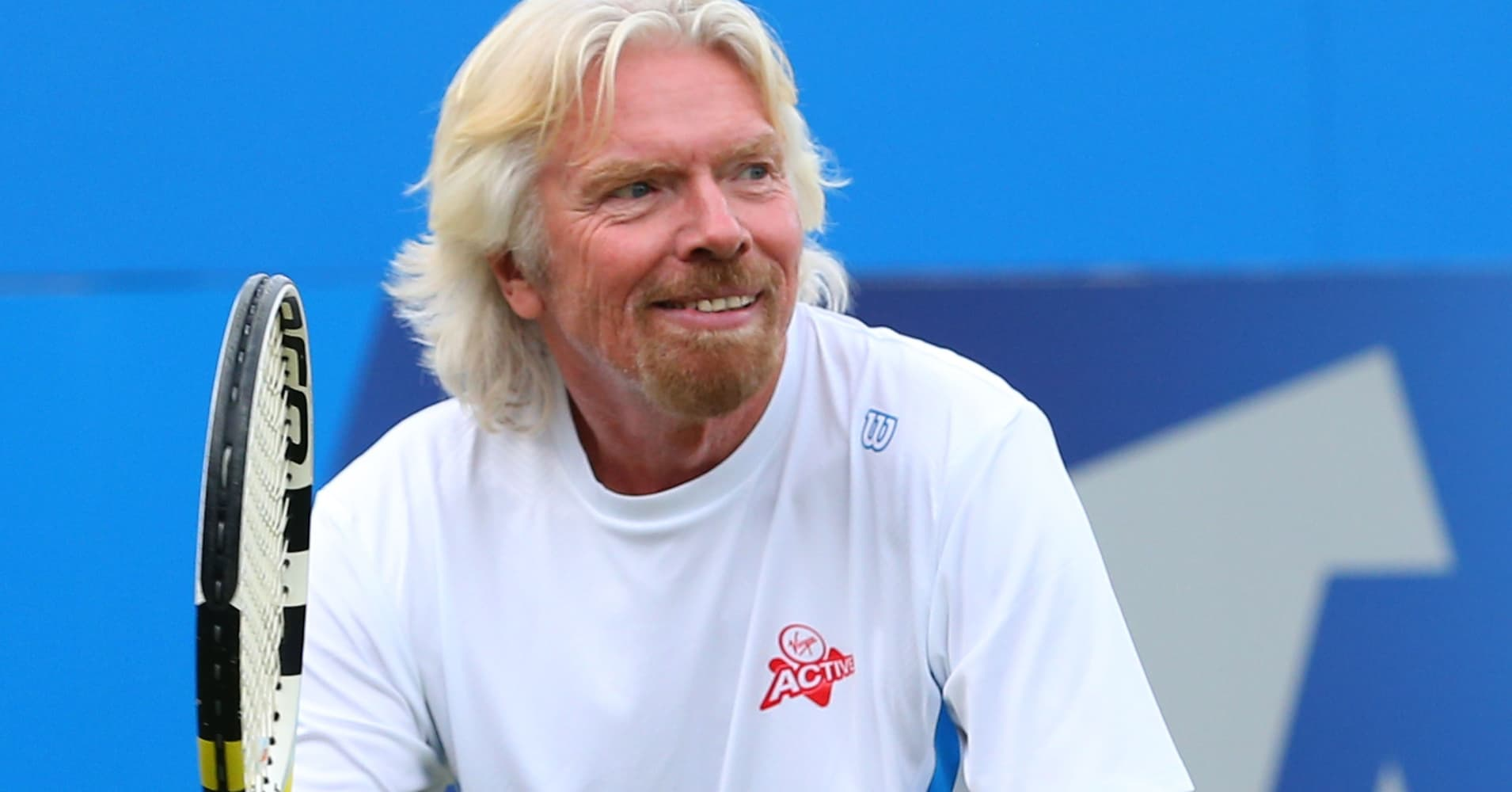Billionaire Richard Branson says this daily routine sets him up to 'achieve anything'