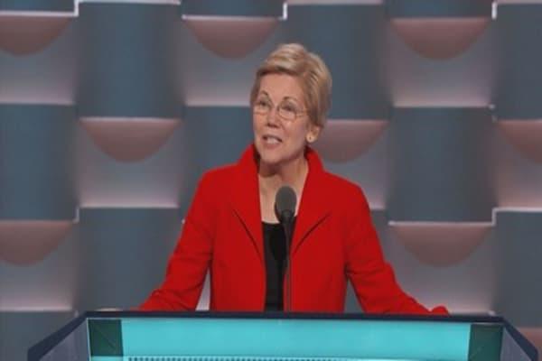 Sen. Elizabeth Warren calls on former Wells Fargo CEO to take more responsibility