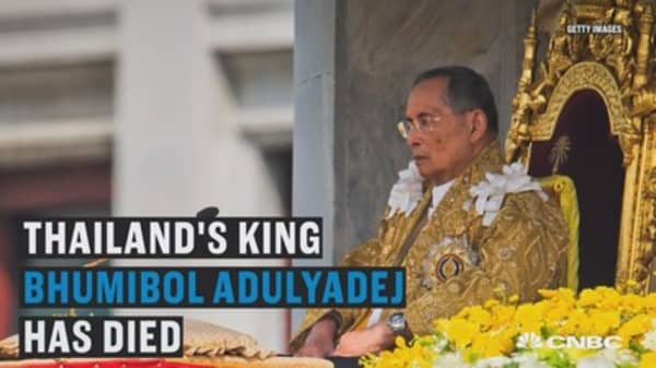 King of Thailand dies, here's what's next