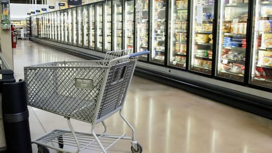 Empty aisle and cart Walmart
