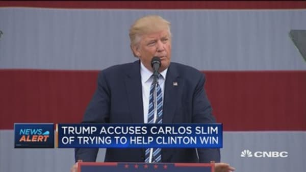 Trump accuses Carlos Slim of trying to help Clinton win