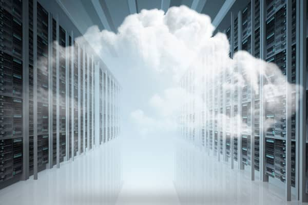 Cloud computing servers tech