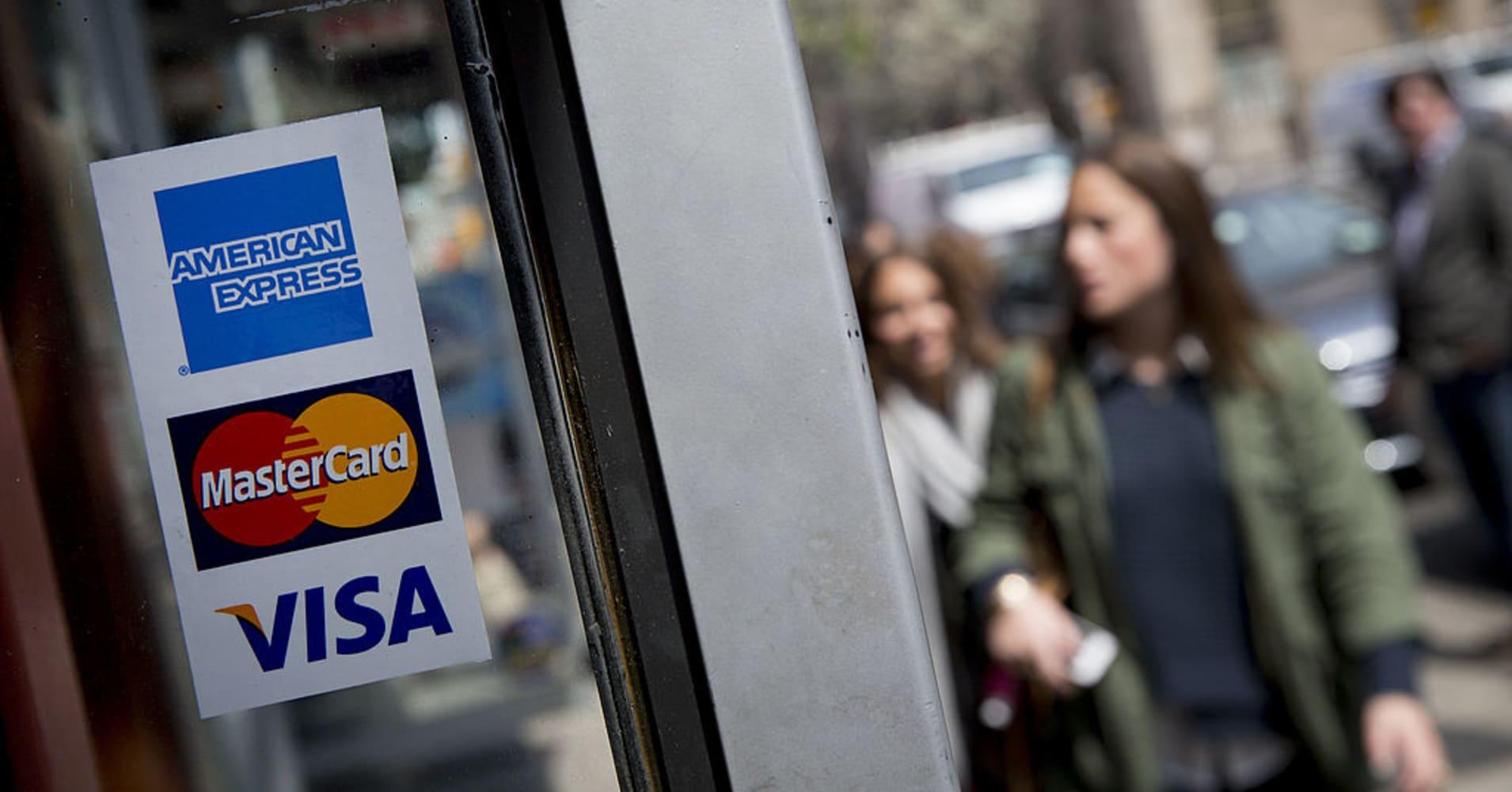 Cramer Charts Show Credit Card Stocks Enjoying Paper To Plastic Shift