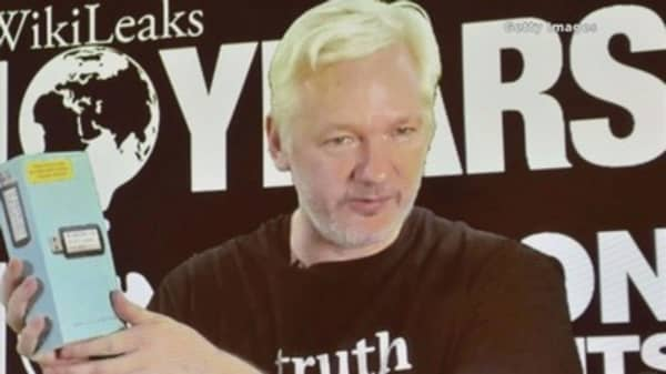 Wikileaks says Ecuador cut Julian Assange's internet access
