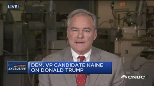 Kaine: Can't imagine savvy financial person prefers Trump