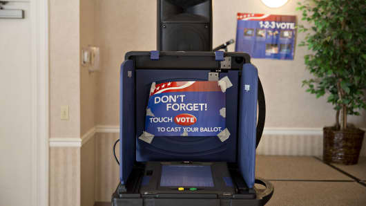 An electronic voting booth stands at a polling station inside Our Savior Lutheran Church during the South Carolina.