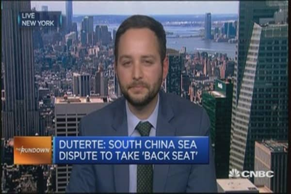 Focus of Philippine-China ties is economics: Expert