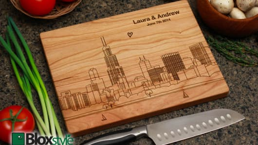 Personalized cutting boards by Bloxstyle