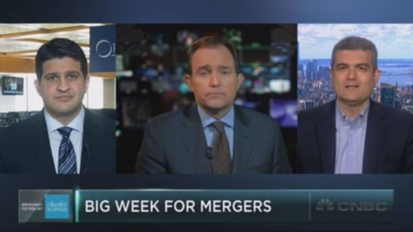 Mega mergers' signal to the market