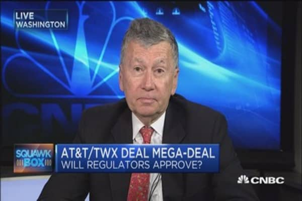 Challeges ahead for AT&T-Time Warner deal: Reed Hundt