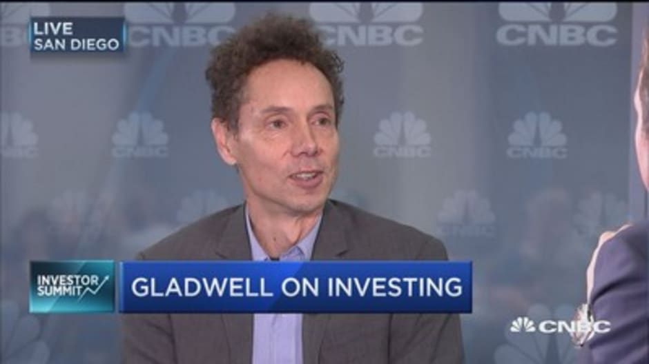 Gladwell on the rising cost of college education