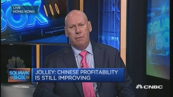 Profitability for 'old economy' improving: Strategist