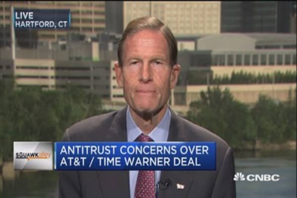 Sen. Blumenthal: Magnitude of ATT-TWX deal 'very different'