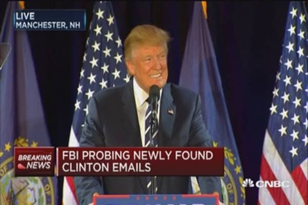 Trump: Clinton can't take corruption into oval office